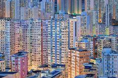 Romain Jacquet-Lagrèze Photographs Hong Kong During 'The Blue Moment' - CityLab