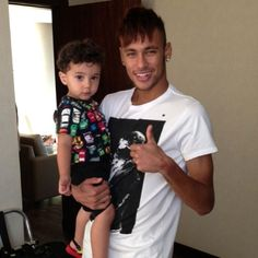 Neymar Jr. World Cup 2014, Neymar Jr, Unconditional Love, Soccer Players, Fc Barcelona, Role Models, Daddy, Husband, Sports
