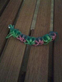 Made it myself rainbow loom invented Rainbow Loom, Inventions, Friendship Bracelets, Crochet Necklace, Awesome, How To Make, Jewelry, Crochet Collar, Jewlery