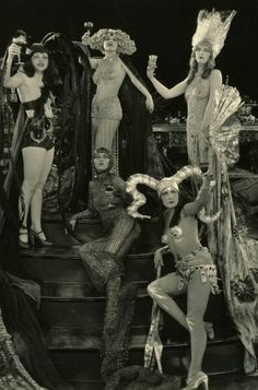 Something about this reminds me of my group of friends -- everyone so different. Showgirls, c. 1920s.