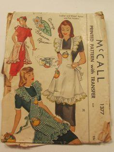 1947 McCALL Sewing Pattern 1377, RARE, Printed Apron Pattern w/ Transfer, One Size, Vintage Pattern, Sewing Pattern, Apron Pattern