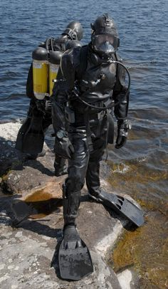 Buy Commercial Diving Tools from Experienced Saturation Diver. Scuba Wetsuit, Diving Wetsuits, Scuba Diving Gear, Scuba Bcd, Scuba Watch, 4x4, Technical Diving, Surf, Scuba Diving Equipment