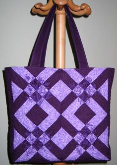 Violet Tote Quilted with Redwork Flowers - Advanced Embroidery Designs Bag Pattern Free, Tote Pattern, Purse Patterns, Sewing Patterns, Quilted Tote Bags, Patchwork Bags, Advanced Embroidery, Diy Bags Purses, Fabric Bags