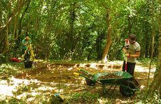 Excavación arqueológica en la aldea de Vigaña (Belmonte de Miranda, Asturias), del 29 de junio al 27 de julio de 2013.