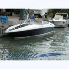 youboats.com - the boating social network - RIVA ST.TROPEZ
