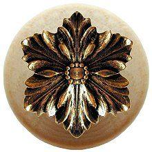 Notting Hill – Opulent Flower Wood Knob in Brite Brass/Natural wood finish 1