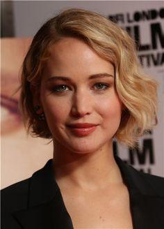 Jennifer Lawrence, radiante con su bob desigual