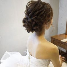 hair/yuudai◆make/rie ________________________________ 今日は埼玉へ 楽. - Elizabeth B. Korean Wedding Hair, Asian Bridal Hair, Bridal Hairdo, Hairdo Wedding, Wedding Hair And Makeup, High Bun Hairstyles, Short Hairstyles Over 50, Bride Hairstyles, Trendy Hairstyles