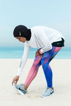 "Nike just announced it is creating its first athletic-wear hijab, called the "". Nike just announced it is creating its first athletic-wear hijab, called the ""Nike Pro Hijab. Islamic Swimwear, Muslim Swimwear, Muslim Girls, Muslim Women, Sporty Outfits, Nike Outfits, Muslim Fashion, Hijab Fashion, Women's Fashion"