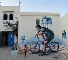 Nous avions déjà parlé l'année dernière du talentueux street artist australien Fintan Magee, basé àBrisbane (Le street art de Fintan Magee). Je vous pr
