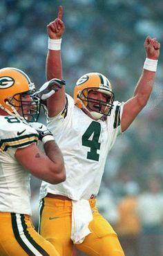 Brett Farve - Green Bay Packers Packers Football e1c0fa409