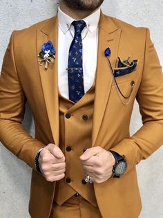 Collection: Spring – Summer 2020 Product: Slim-Fit Suit Color Code: Mustard Size: Suit Material: viscose, polyester Machine Washable: No Fitting: Slim-fit Package Include: Jacket, Vest, Pants Gifts: Chain, Flower and Neck Tie Blazer Outfits Men, Mens Fashion Blazer, Stylish Mens Outfits, Suit Fashion, Mens Casual Suits, Men Prom Outfits, Mens Slim Fit Suits, Formal Suits For Men, Mens Suits Style