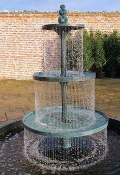 49 Garden Fountain Design Ideas That you Can Try in your Home Backyard Water Fountains, Concrete Fountains, Garden Water Fountains, Backyard Water Feature, Water Garden, Outdoor Fountains, Fence Garden, Big Garden, Garden Boxes