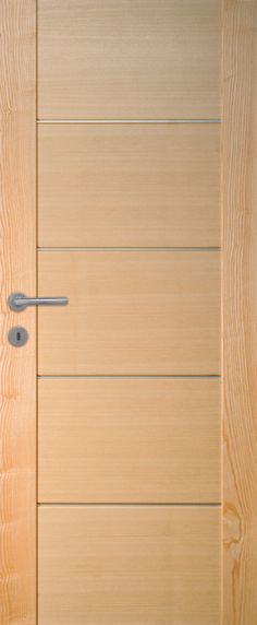 Porte int rieure contemporaine fr ne teint porte for Porte interieure arrondie bois