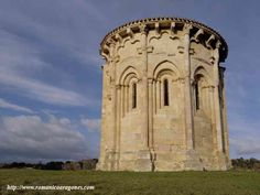 Romanesque, Architecture Romane, Architecture Religieuse, San Antonio Missions, Religious Architecture, Medieval Art, Kirchen, Cathedral, Places To Go