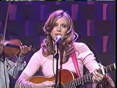 "Robinella And The CC String Band Live,""Man Over""(Late Night With Conan O..."