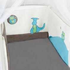 Tour de lit bébé en velours tout doux et colorée ! #bébé #garçon #chambre #bleu #marron
