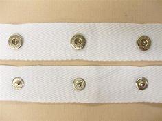 Bånd med trykknapper, hvid, 1m