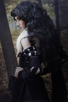 Character: Yennefer of Vengerberg / From: Andrzej Sapkowski's 'The Witcher' Short Stories and Novels & CD Projekt RED's 'The Witcher' Video Game Series / Cosplayer: Lina Groza (aka Great Queen Lina) / Photo: Masyunya / Costume Design: Lina Groza