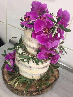#wedding #engagement #flower #orchid #naked #cake