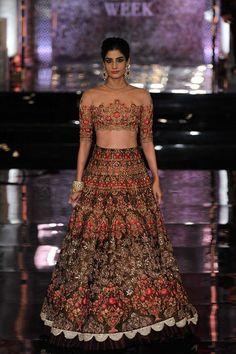 By designer Manish Malhotra. Bridelan- Personal shopper & style consultants for Indian/NRI weddings, website www.bridelan.com #ManishMalhotra #IndiaCoutureWeek2016 #weddinglehenga #Bridelan #BridelanIndia.