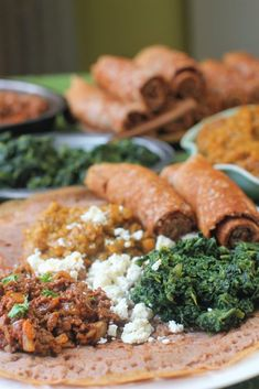 Recipes for a traditional Ethiopian meal - a speedy injera flatbread recipe + Misir Wat (lentil stew), Zigni Wat (spiced beef) & Gomen Wat (stewed spinach). Ethiopian Injera, Ethiopian Lentils, Ethiopian Cuisine, Healthy Homemade Snacks, Healthy Recipes, Weekly Recipes, Ethopian Food, African Stew, Gourmet