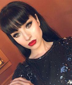 "Dallas Fashion Week Selfie @doseofcolors ""kiss of fire"" Liquid eyeliner @ciate_ I loveeeee!!! #doseofcolors #anastasiabeverlyhills #dallasfashionweek"
