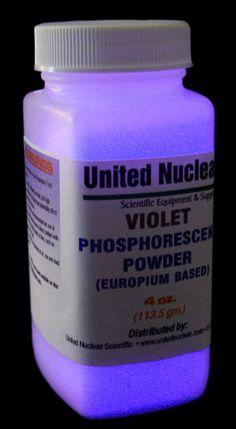 Europium UltraGlow® Powder - VIOLET
