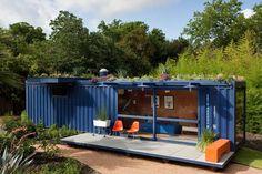 Container House - Avec 1600 euros vous pouvez transformer un conteneur maritime - Who Else Wants Simple Step-By-Step Plans To Design And Build A Container Home From Scratch? Building A Container Home, Container Cabin, Cargo Container, Container House Plans, Container House Design, Container Pool, Container Gardening, 40ft Container, Container Office