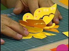 Que mudar a sua parede? E usar algo bonito, fácil e barato! Que tal fazer borboletas em 3D para deixar seu ambiente aconchegante? Neste vídeo eu mostro como ...