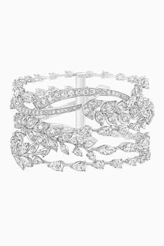 Since her childhood up until her last moment, wheat has always been a part of Gabrielle Chanel's memories. Her date of birth on August coincides with High Jewelry, Luxury Jewelry, Jewelry Art, Fashion Jewelry, Jewelry Design, Diamond Brooch, Diamond Bangle, Diamond Jewelry, Chanel Jewelry