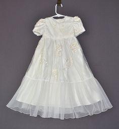 SzaporA gown