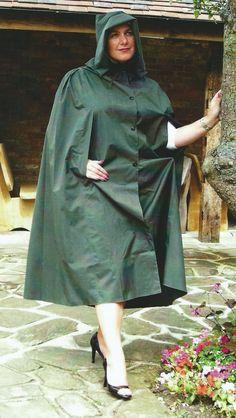 Capes, Rain Cape, Green Raincoat, Rubber Raincoats, Raincoats For Women, Cape Coat, Rain Wear, Women Wear, Ponchos