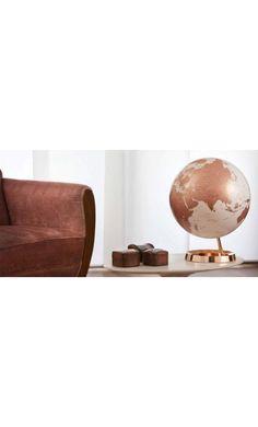 Globe terrestre lumineux design blanc cuivre sur socle couleur cuivre