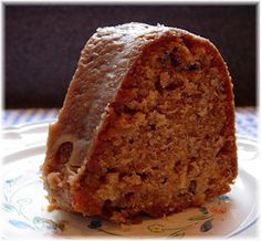 http://dricksramblingcafe.blogspot.com/2009/12/apple-pecan-cake.html