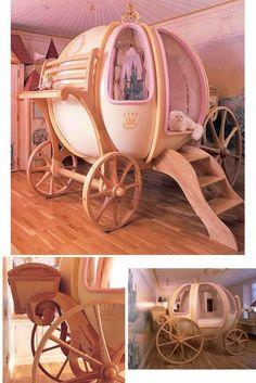 の馬車のベッド