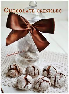 chute a vône mojej kuchyne. Chocolate Crinkles, Muffin, Place Card Holders, Sweets, Breakfast, Food, Breakfast Cafe, Muffins, Meal