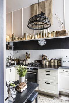 the kitchen of textile designer Ariane Dalle