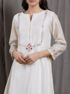 Off White Embroidered Chanderi Silk Kurta Kurtha Designs, Tunic Designs, Kurti Neck Designs, Kurti Designs Party Wear, Embroidery Suits Punjabi, Kurti Embroidery Design, Hand Embroidery Dress, Embroidery Fashion, Kurta Patterns
