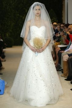 Carolina Herrera Spring 2014 Sweetheart Bridal Ball Gown