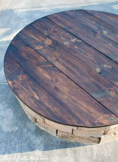 DIY Fire Pit Table Top – The Lilypad Cottage…you can also just take the base off of a round dining room table or take one side off of the large cable spools if you want to make one of these very easily. Cheap second-hand round tables cable spools can be f