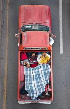 """Car Poolers"", photos by Alejandro Cartagena."
