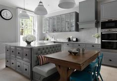 20 ideas kitchen table built in bench banquet seating for 2019 Kitchen Island Booth, Kitchen Booths, Kitchen Island With Seating, Kitchen Layout, Island Bench, Kitchen Island Dining Table, Booth Seating In Kitchen, Kitchen Banquette, Kitchen Islands