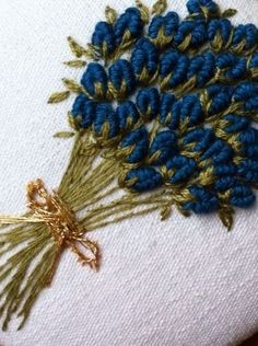 Wonderful Ribbon Embroidery Flowers by Hand Ideas. Enchanting Ribbon Embroidery Flowers by Hand Ideas. Basic Embroidery Stitches, Hand Embroidery Videos, Hand Embroidery Tutorial, Embroidery Flowers Pattern, Creative Embroidery, Simple Embroidery, Silk Ribbon Embroidery, Hand Embroidery Designs, Embroidery Supplies