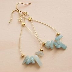 As you go on your jewelry making journey, you'll discover that you will typically experience wires. Fashion jewelry makers, the innovative lot, have actually found many ways to integrate them in pieces in numerous ways. Gold Bar Earrings, Beaded Earrings, Earrings Handmade, Gold Bangles, Diy Earrings Studs, Wire Jewelry, Beaded Jewelry, Jewelery, Silver Jewelry