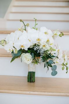 Featured Photographer: K&K Photography, LLC; Wedding bouquets ideas.