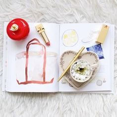 La WeekyWish  est en ligne sur le blog  on parle de Chanel de sac velours  moins de  et dune remise en forme express gratuite avec des recettes healthy.