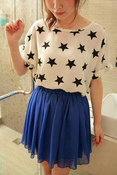 This T-shirt crafted in chiffon, featuring contrast colored stars printing to the main, round neckline, turned cuff short sleeves, in medium length cut, all in loose fit.$22