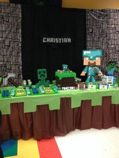 Minecraft Birthday Party Ideas Backdrops Squares and Birthdays