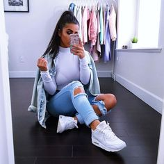 @fashionnova jeans ✖️ @wearallofficial top #novababe